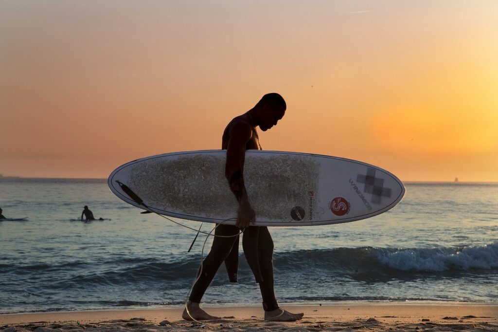 surf, beach, sunset-4087278.jpg